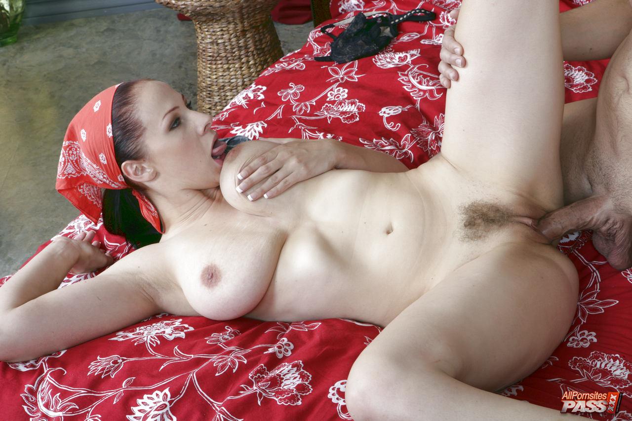 Gianna Perfect Pair HDV31033 Pic