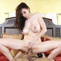 New full scene released: Gianna Michaels HDV30940 4K
