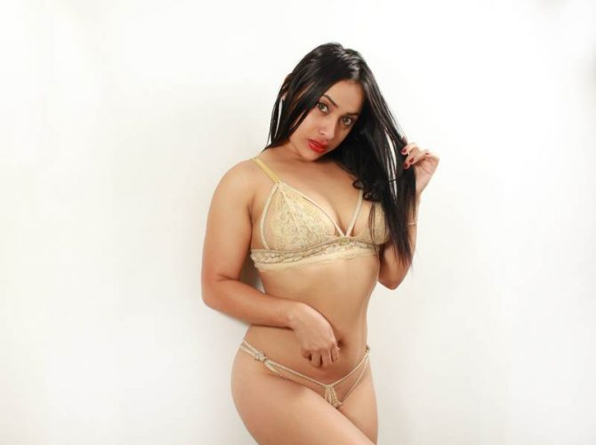 Giselle_Grey